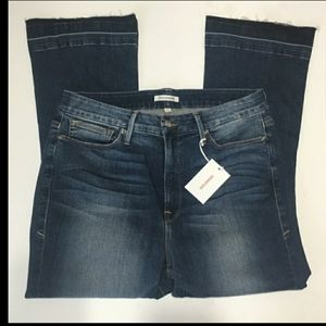 Good American nwt cropped flare jeans size 16